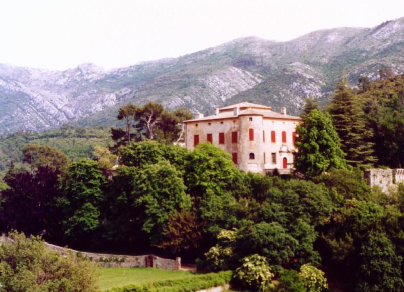 Замъкът Вовенарг.