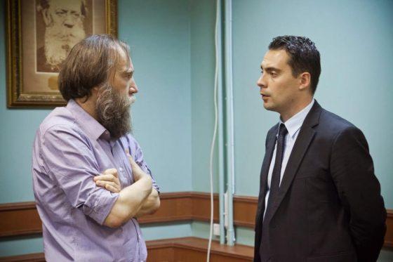 """Идеолога на евразийството Александър Дугин заедно с лидера на """"Йобик"""" Габор Вона в Москва, 2013 г."""